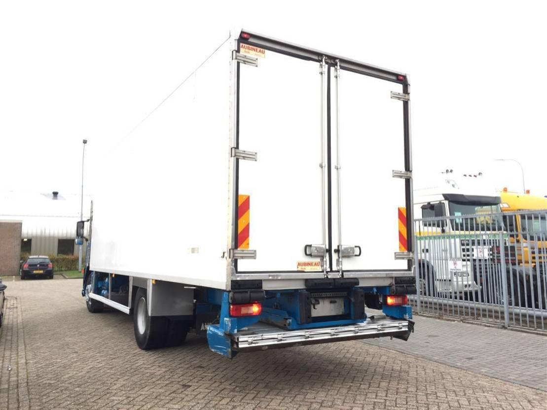 koelwagen vrachtwagen Volvo FM9-260 Refrigerated Truck 2004