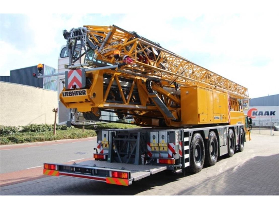 mobiele torenkraan Liebherr MK88 PLUS Valid Inspection, 45 m Flight, 8t Cap, P 2018