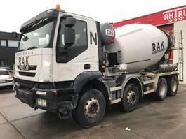 betonmixer vrachtwagen Iveco Trakker 340 AD340T41B 9M3 MIXER 2012