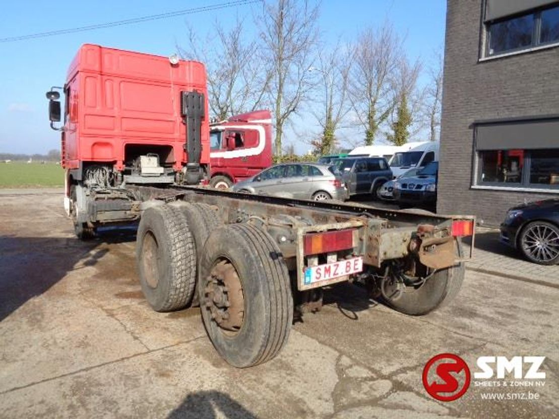 chassis cabine vrachtwagen DAF XF 95 spacecab E 2 manual pump 1998