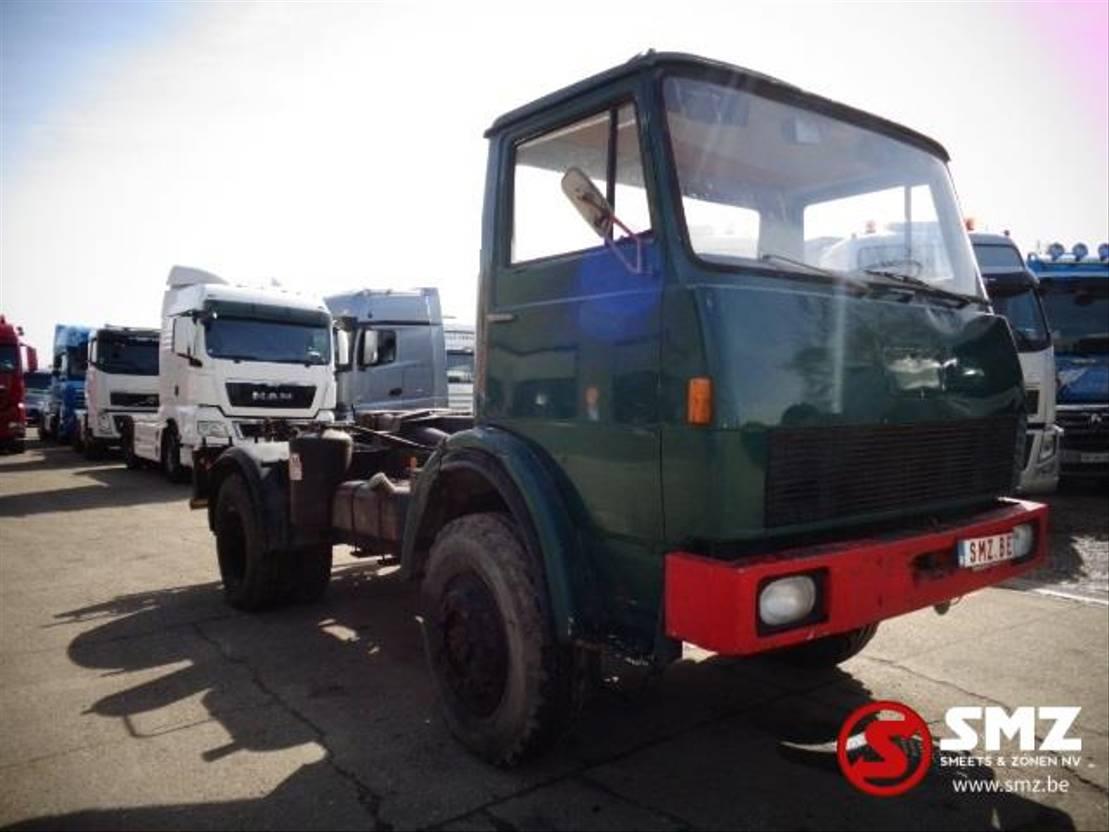 chassis cabine vrachtwagen Iveco henschel 4x4 F 150 ak 1972