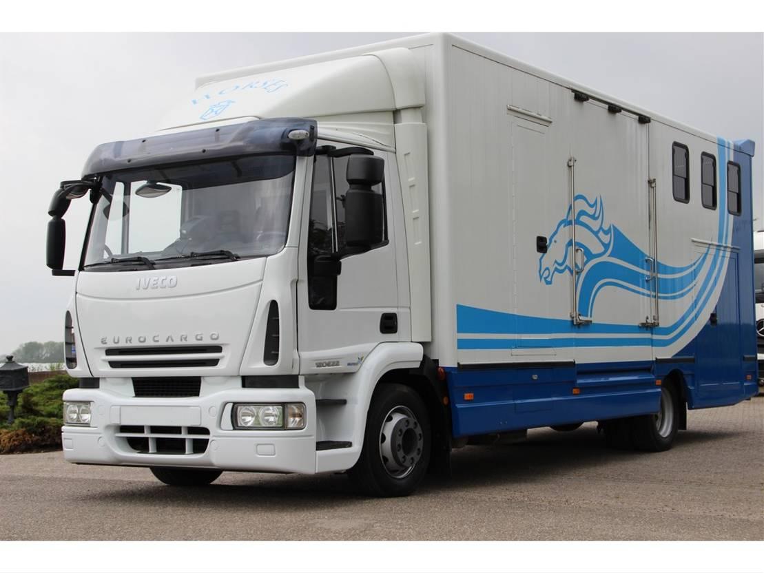 paardenvrachtwagen Iveco 120E22 HORSE TRUCK 6 HORSES 37DKM!! 2008