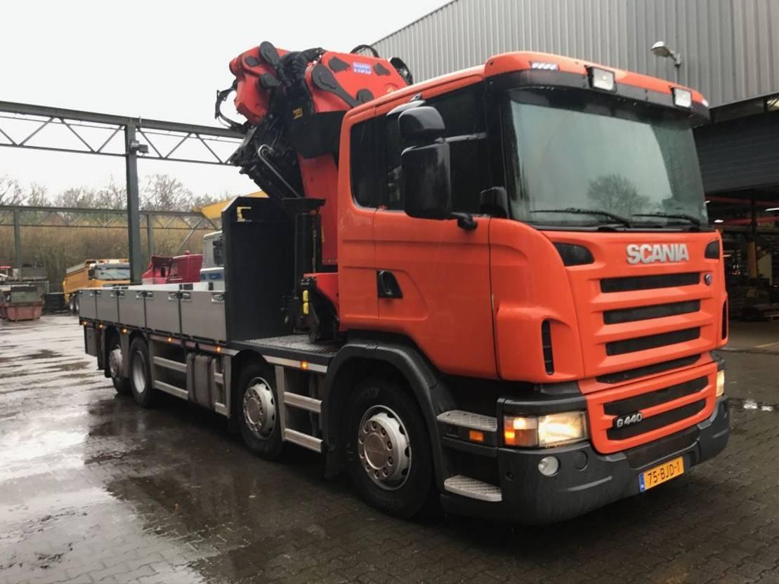 camion grue Scania R440 8X2*6 2010