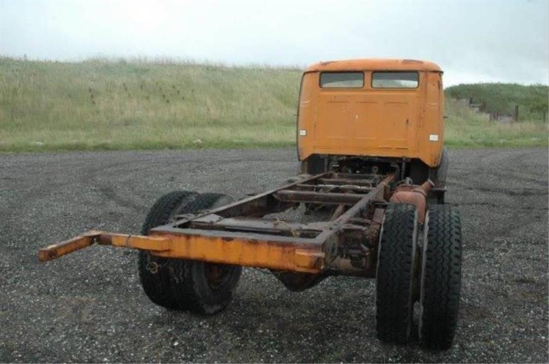 chassis cabine vrachtwagen Mercedes-Benz l 710 ..OM 352.. 1967