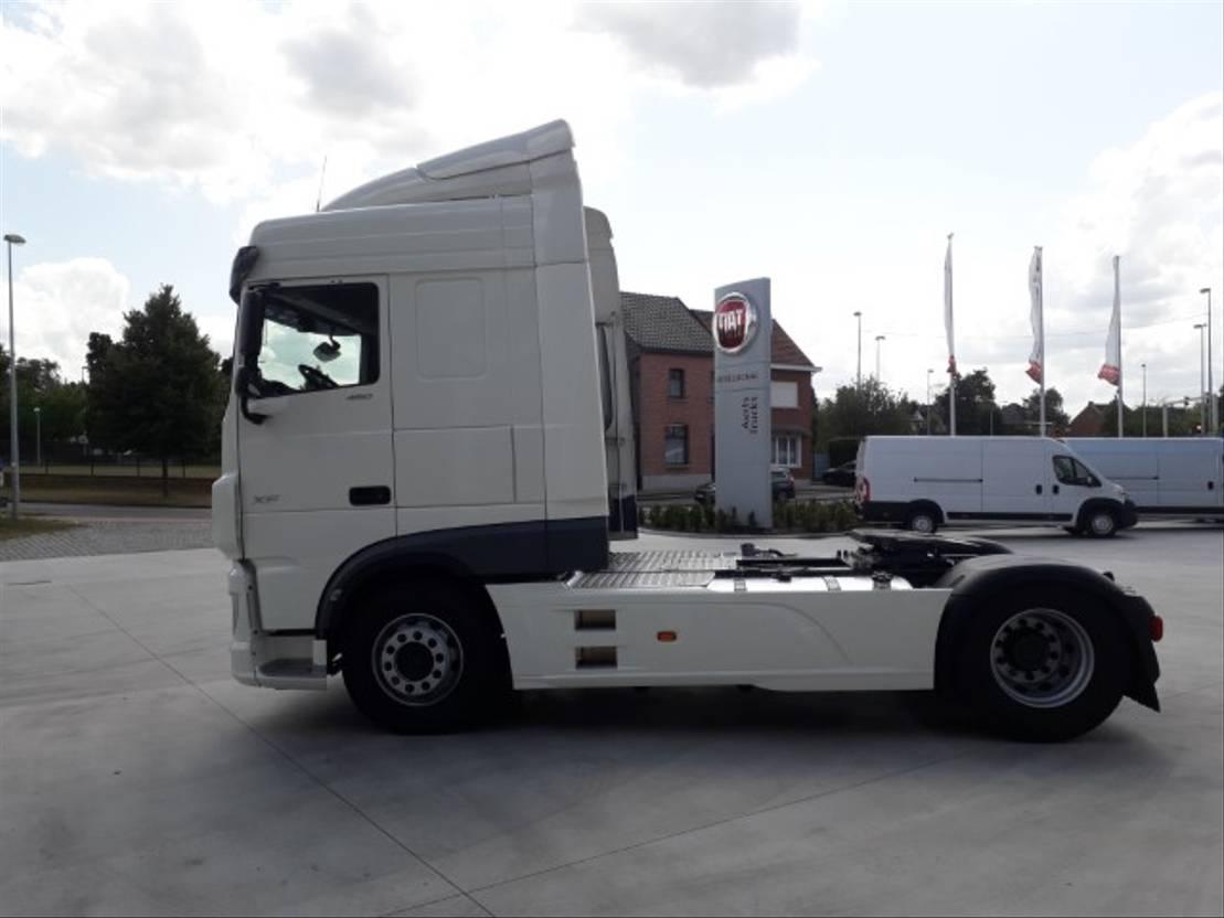 gevaarlijke stoffen trekker DAF XF 480 FT - Space Cab - ADR-AT+FL+EX2-3+OX - Hyva hydraulische pompinstallatie ... 2019