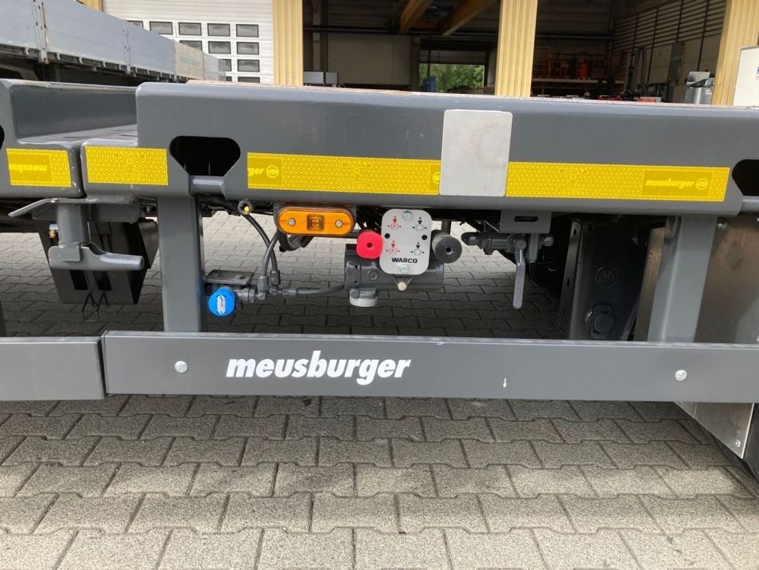 "semi dieplader oplegger Meusburger 3-Achs-Tele-Semi-Auflieger Bau ""Roadrunner"""