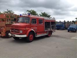 brandweerwagen vrachtwagen Mercedes-Benz 1113 1974