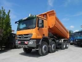 open laadbak vrachtwagen Mercedes Benz Actros 4144 AK 8x8 4 Achs Muldenkipper Meiller