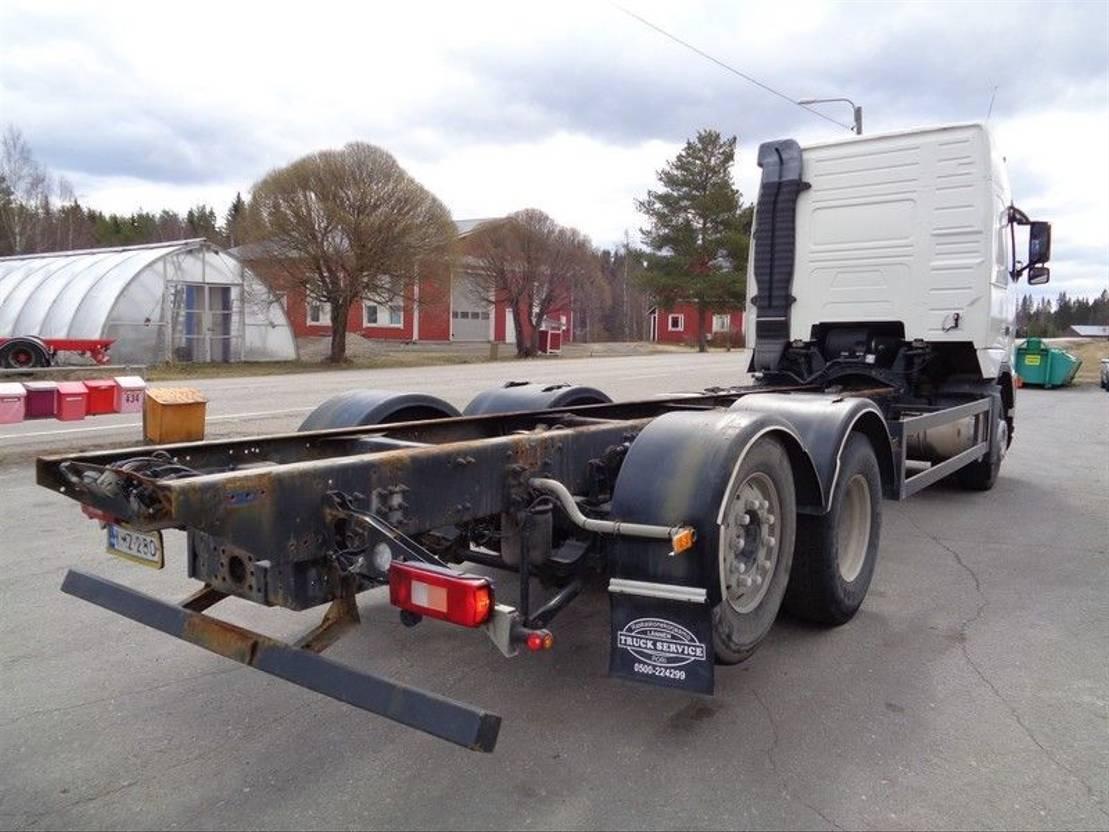 chassis cabine vrachtwagen Volvo FH 12 FH-12 6X2 4900 2004