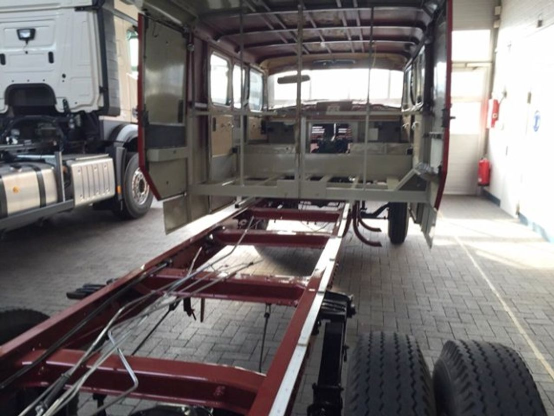 autotransporter vrachtwagen Mercedes-Benz - LP710/32 LF16V LP710/32, Autotransporter 1966