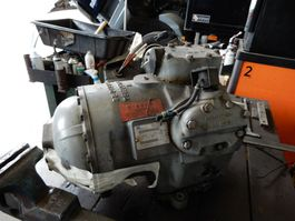 Koelsysteem vrachtwagen onderdeel Carrier Vector 1800 Compressor