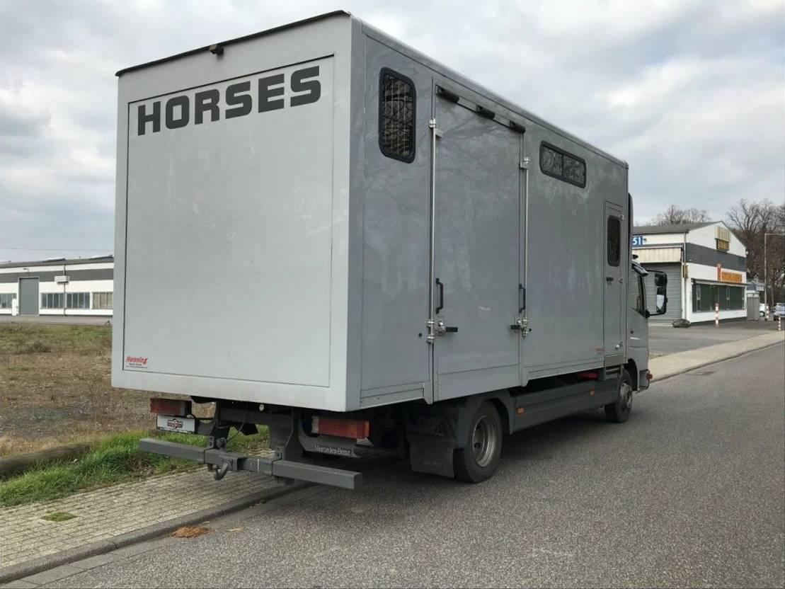 paardenvrachtwagen Mercedes-Benz Atego 8.15 2001