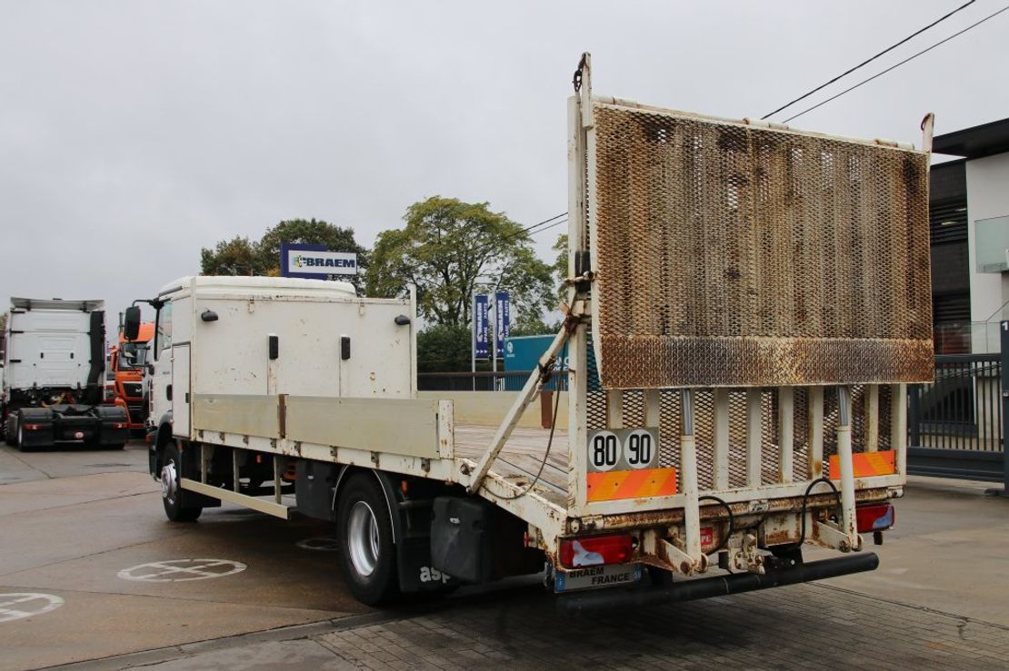 takelwagen-bergingswagen-vrachtwagen MAN TGM 15 BL + RAMPES HYDRAULIQUE 2009