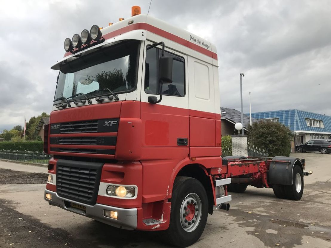 chassis cabine vrachtwagen DAF XF 95 95XF 430 MANUAL HOLLAND 2005