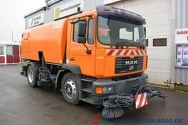 veegmachine MAN ME 15.220 Bucher Schörling CityFant 60 Kehr Saug 2004