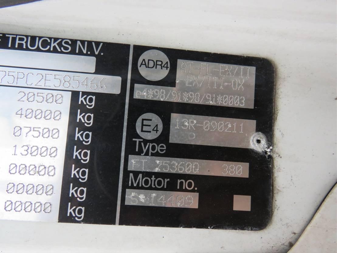 gevaarlijke stoffen trekker DAF CF 75.360 Manual/Retarder und ADR!!!!!!!!!! 2002