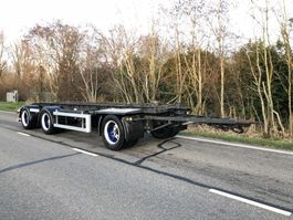 container chassis aanhanger Floor Floor aanhanger 3 asser 30 ton 2002