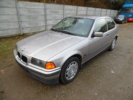 hatchback auto BMW 316 1996