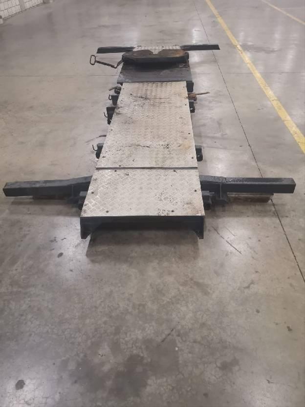 Wisselopbouw vrachtwagen onderdeel Diversen Occ wisselsysteem met koppelschotel