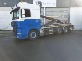 containersysteem vrachtwagen DAF XF 105 FAK XF105 haakarmsysteem 8x2 2011