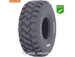 overige vrachtwagens Caterpillar 924 928 930 938 4X2 NEW UNUSED 20,5 TYRES €850 2020