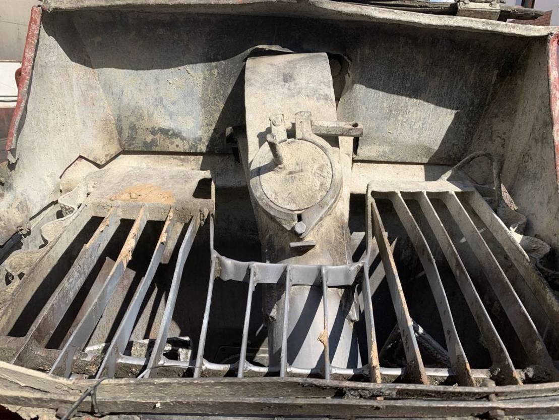 betonpomp vrachtwagen Mercedes-Benz 3538K Bomba de hormigón Putzmeister 43 M 1997