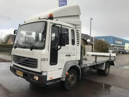 chassis cabine vrachtwagen Volvo FL6 11 MANUAL STEEL HOLLAND 2001