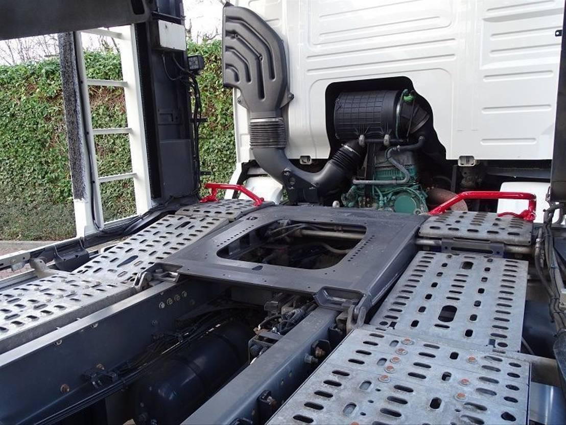autotransporter vrachtwagen Volvo FM 330 AUT EURO 6 KÄSSBOHRER CITYTRANS 5 CARS 2014
