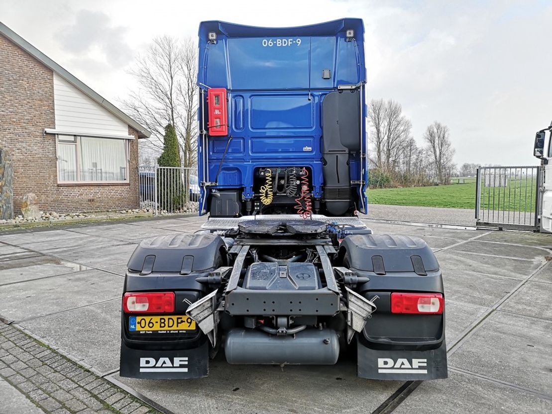 gevaarlijke stoffen trekker DAF XF 460 FT SSC   ADR   ALCOA   HYDRAULIC 2013