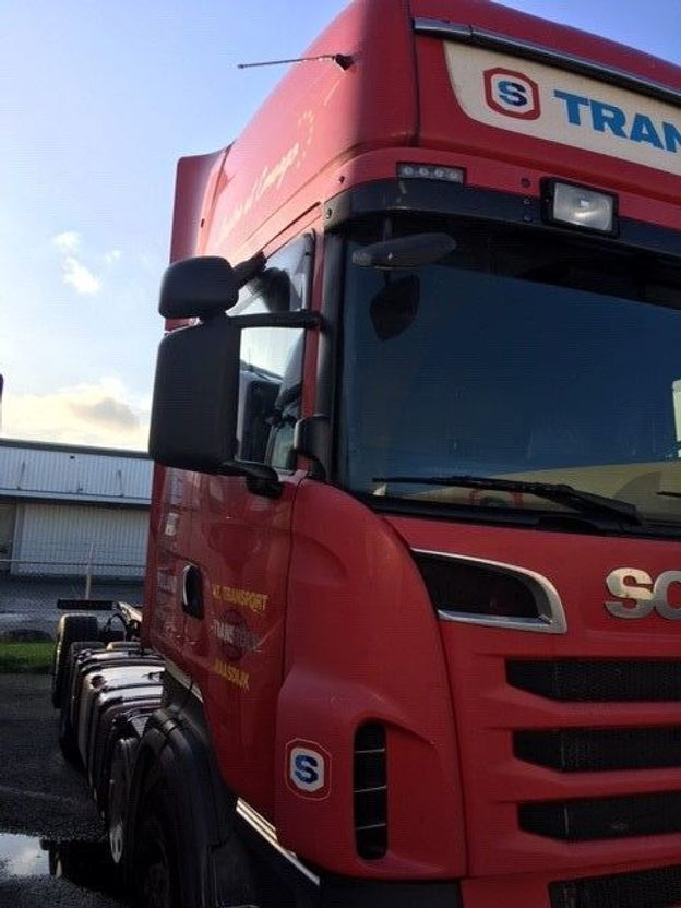 chassis cabine vrachtwagen Scania R620-V8 SCANIA R620 2012