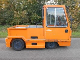 standaard tractor landbouw Linde P200 1999