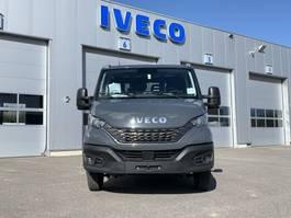 platform bedrijfswagen Iveco Daily 35C18A8D Open laadbak Dubbel cabine 2020
