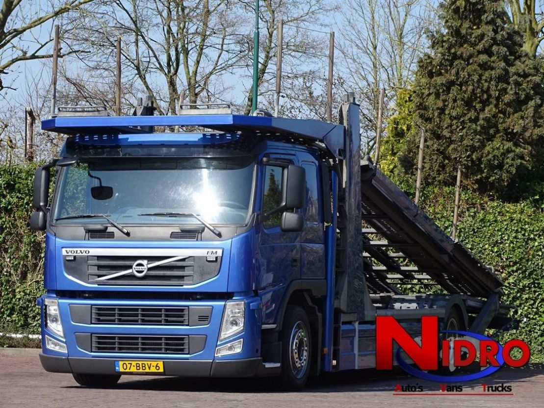 autotransporter vrachtwagen Volvo FM 330 ACCIDENT CAR TRANSPORTER 5 CARS 2013