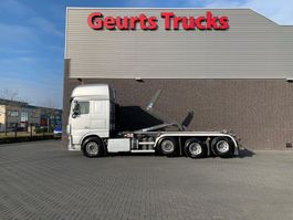containersysteem vrachtwagen DAF XF 106 460 8X2 TRIPLE SUPER SPACE CAB + VDL HAAKARMSYSTEEM/ABROLLKIPPER/HOOKLIFT 2014