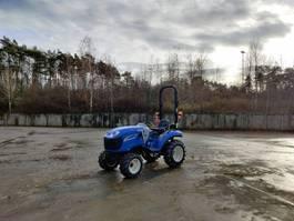 standaard tractor landbouw New Holland Boomer 20 2017