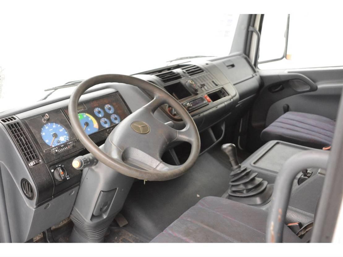 koelwagen vrachtwagen Mercedes-Benz Atego 1217 1217L 2001