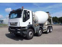 betonmixer vrachtwagen Iveco T 410 B - 8x4 - EURO 5 - 198.183 Km - MIXER 2012