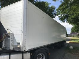 gesloten opbouw oplegger Schmitz Cargobull SKO 24 Box Trailer 2 x lift assen € 5899,- 2004