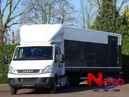be trekker bedrijfswagen Iveco Daily 180PK TREKKER OPLEGGER BE LICENSE 75000km 2011