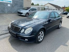 limousine auto Mercedes Benz E 220 CDI AVANTGARDE Xenon / Automatik / Klima