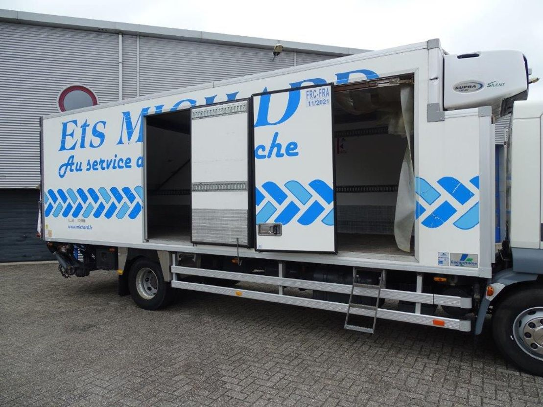 koelwagen vrachtwagen DAF LF 55 -220 / MANUAL / COOLBOX / CARRIER COOLENGINE / EURO-5 / 2009 2009