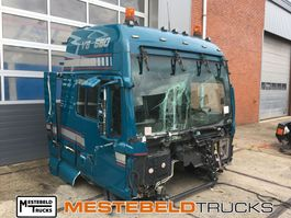 cabine - cabinedeel vrachtwagen onderdeel MAN Cabine TGX 33T 6x4 BL V8 2009