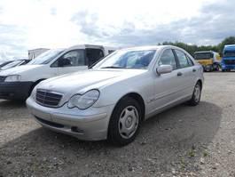 sedan auto Mercedes-Benz C 180 Classic