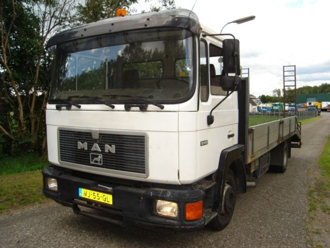 autotransporter vrachtwagen MAN 12.192 F/STEEL/STEEL/MANUAL 1990