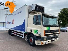 koelwagen vrachtwagen DAF 75.320 CF 10 Tires 6x2 euro 2 2001