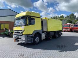 Veegmachine vrachtwagen Mercedes-Benz Axor 2533 EURO 5 2013