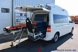 ambulance bedrijfswagen Volkswagen T5 Krankentransport inkl Trage Rollstuhl Scheckh 2009