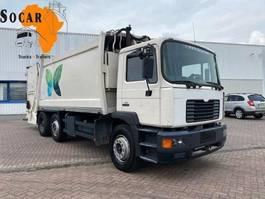 vuilniswagen vrachtwagen MAN 25.284 6x2 Garbage truck 19m3 2001