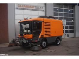 Veegmachine vrachtwagen Ravo 580 80 km/h with 3-rd brush 2013