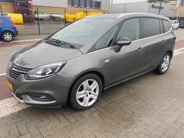 mpv auto Opel Zafira 2.0 CDTI 125kw Bsn Executive 7p. Navi Klima 2018